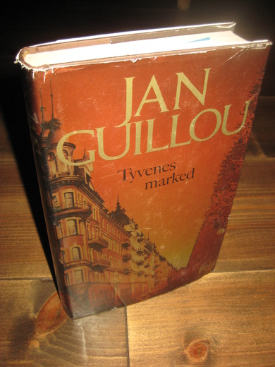 GUILLOU. JAN: Tyvenes marked. 2005.