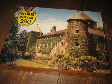 KING PUZZLE. 70 TALLET.
